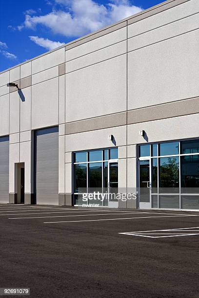 commercial/industrial building - office park stock pictures, royalty-free photos & images