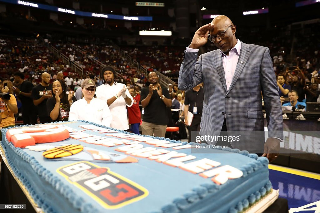 Excellent Commissioner Clyde Drexler Is Presented With A Birthday Cake Funny Birthday Cards Online Chimdamsfinfo