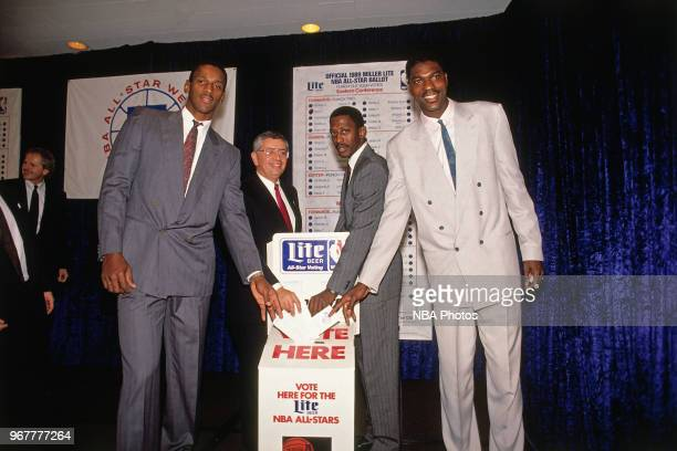 NBA commissioner David Stern and Hakeem Olajuwon of the Houston Rockets cast their votes for the 1989 NBA AllStar Game in Houston Texas NOTE TO USER...