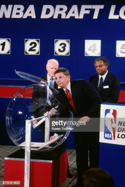 Commissioner David Stern selects a card during the 1985 NBA Draft Lottery on May 12 1985 in New York City NOTE TO USER User expressly acknowledges...