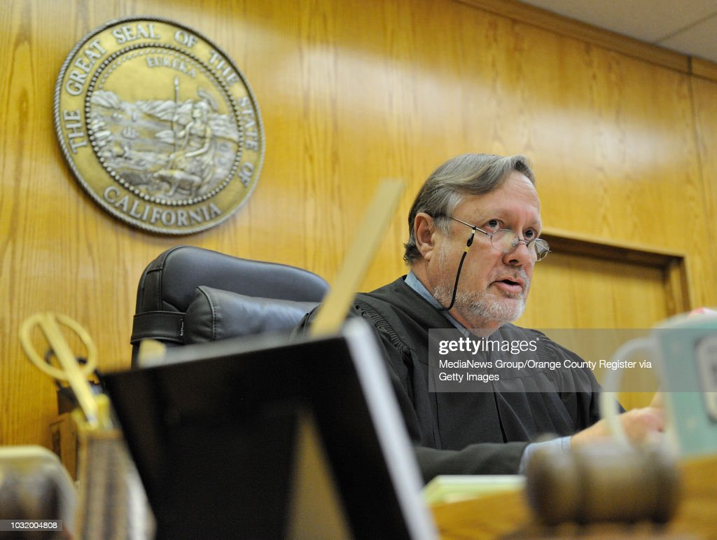 Torrance Calif Usa Commissioner Douglas Carnahan Presides Over A Lawsuit By Heather