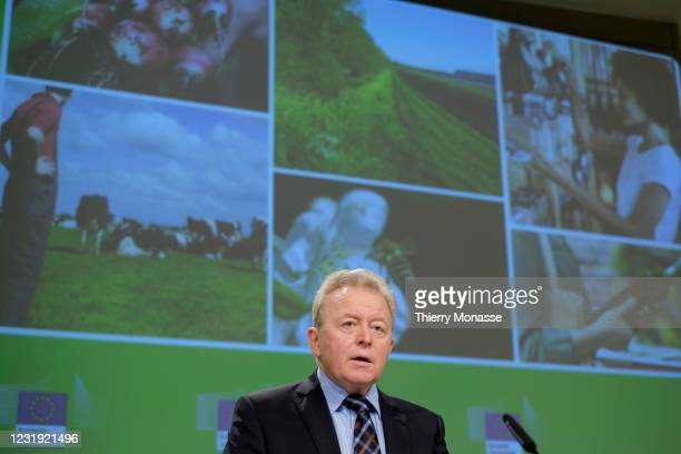 Commissioner for Agriculture Janusz Wojciechowski talks to the media on on an Action Plan for the development of the organic production, in the...