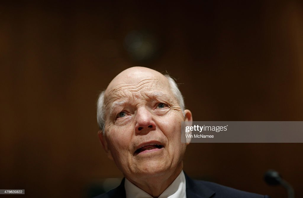 IRS Commissioner John Koskinen Testifies To Senate Hearing On IRS Data Theft : News Photo