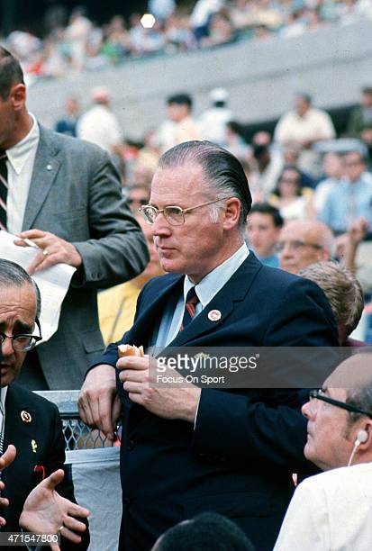 Commissioner of baseball Bowie Kuhn is seen in the stands eating a hot dog during Major League Baseballs All Star game July 14 1970 at Riverfront...