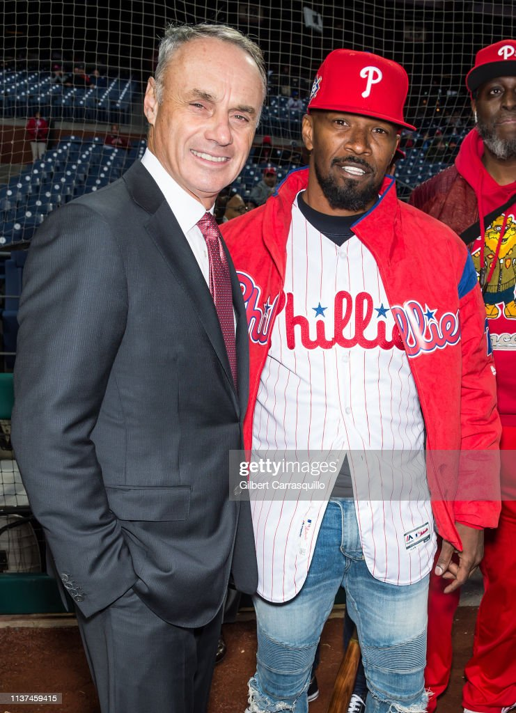 Actor Jamie Foxx Throws Out First Pitch Before the Philadelphia Phillies Take On The New York Mets : News Photo