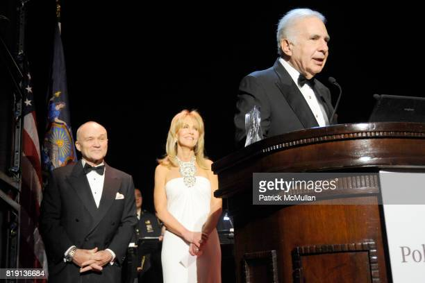 Commissioner Raymond Kelly Gail Icahn and Carl Icahn attend NEW YORK CITY POLICE FOUNDATION 32nd Annual Gala at Waldorf=Astoria on March 16 2010 in...