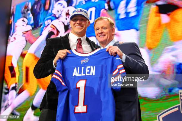 Commissioner Roger Goodell and Josh Allen chosen as the seventh overall pick by the Buffalo Bills poses for photos during the first round at the 2018...
