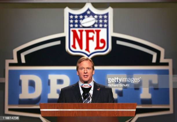 Commissioner Roger Goodell during the NFL draft at Radio City Music Hall in New York, NY on Saturday, April 28, 2007.