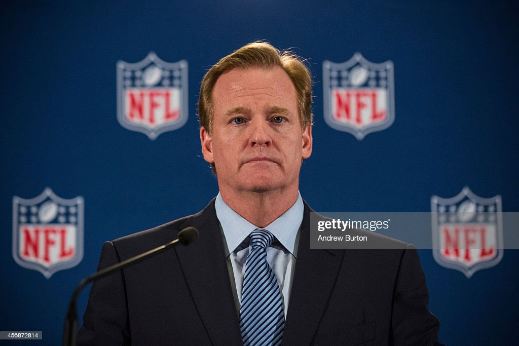 NFL Commissioner Roger Goodell Holds News Conference After Meeting With Team Owners : News Photo