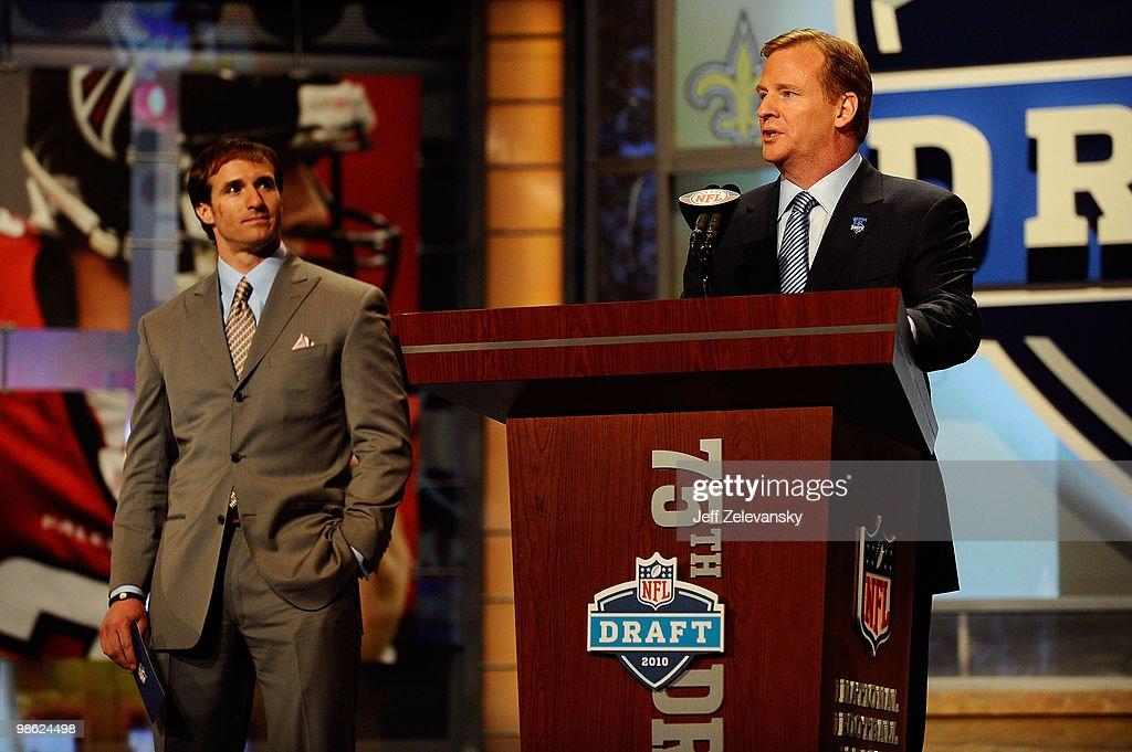 2010 NFL Draft Round 1 : News Photo