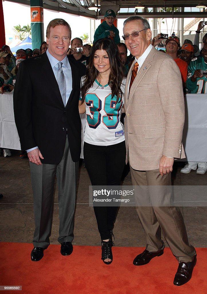 Celebrity Orange Carpet at Miami Dolphins Game