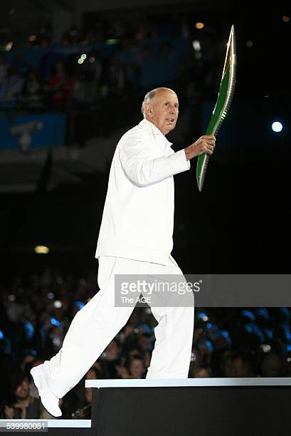 Commonwealth Games 2006 Opening Ceremony at Melbourne Cricket Ground Baton carrier Governor John Landy on 15th March 2006 THE AGE NEWS Picture by...