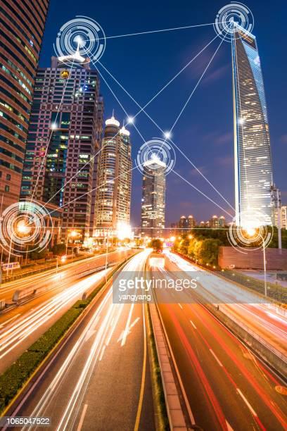 communication and technology for smart city - gefabriceerd object stockfoto's en -beelden