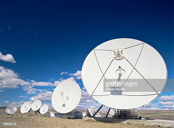 communications antenna brewster washington - receiver stock pictures, royalty-free photos & images