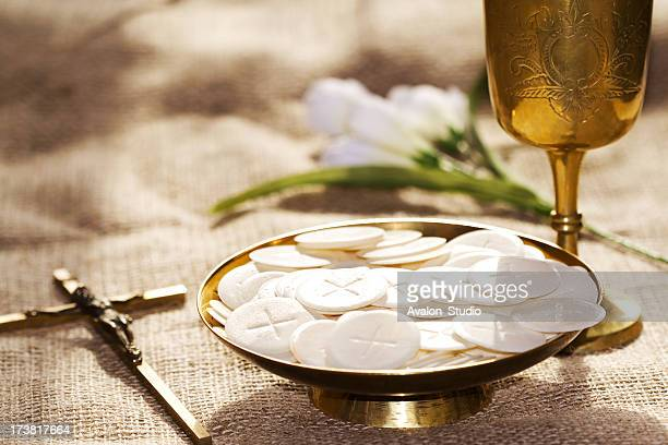 communion composition - crosses with flowers stock pictures, royalty-free photos & images