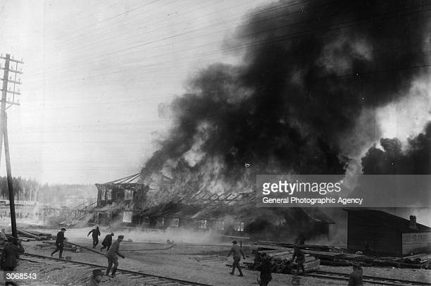 Communist base burning during the Finnish civil war