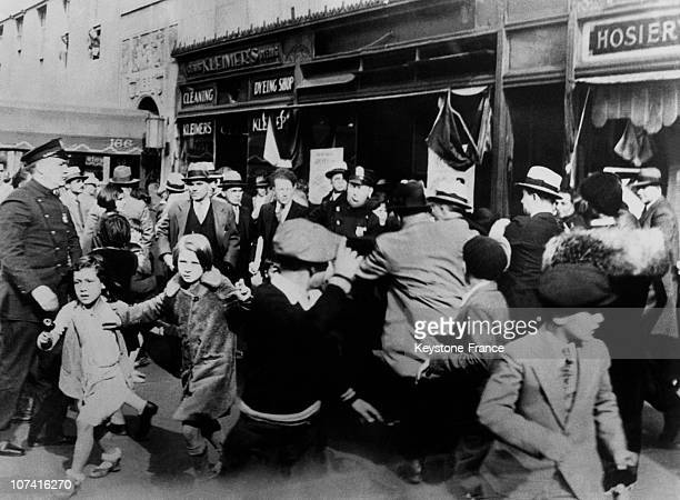 Communist Demonstration Stoped By Police In New York On October 1932