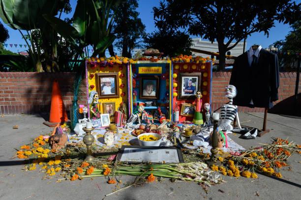 CA: Dia De Los Muertos On Olvera Street