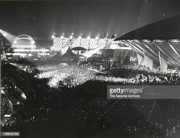 Community singing Closing Ceremony of the Festival of Britain 30 September 1951