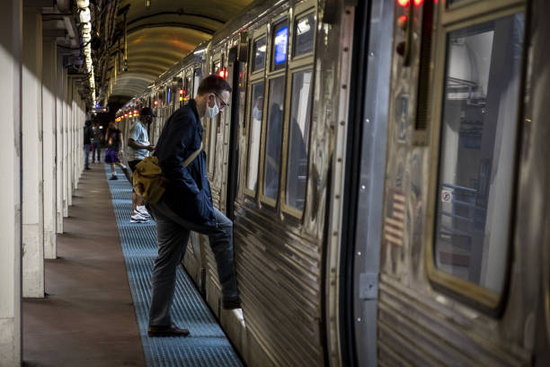 IL: Commuter Ridership Increases As Illinois Economy Reopens