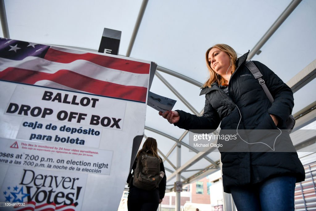 Voters In 14 States Head To The Polls On Super Tuesday : News Photo