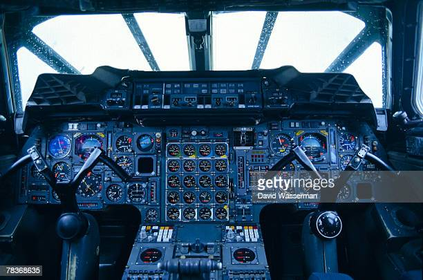 commuter plane control panel - cockpit stock pictures, royalty-free photos & images