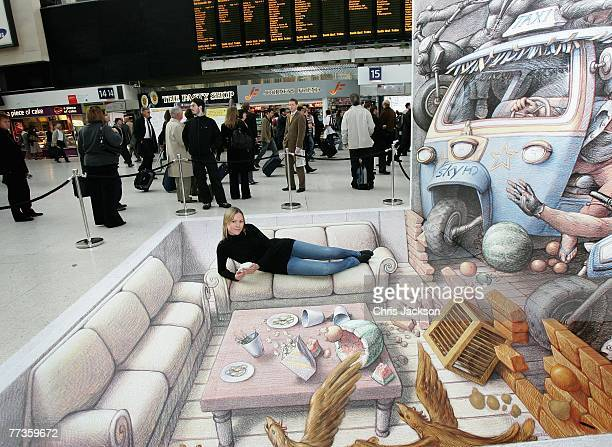 Kurt Wenner Stock Photos And Pictures Getty Images - 17 amazing works of 3d street art
