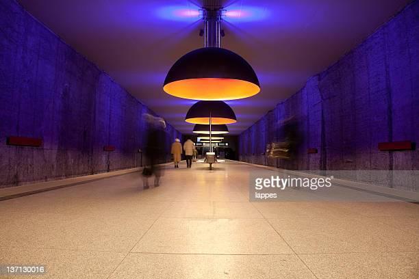Pendler in der U-Bahn-station