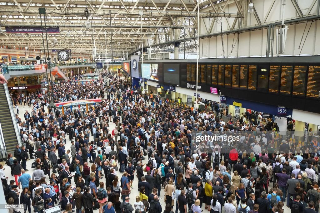 Commuters at Waterloo Station on 7th August 2017 at evening... : News Photo
