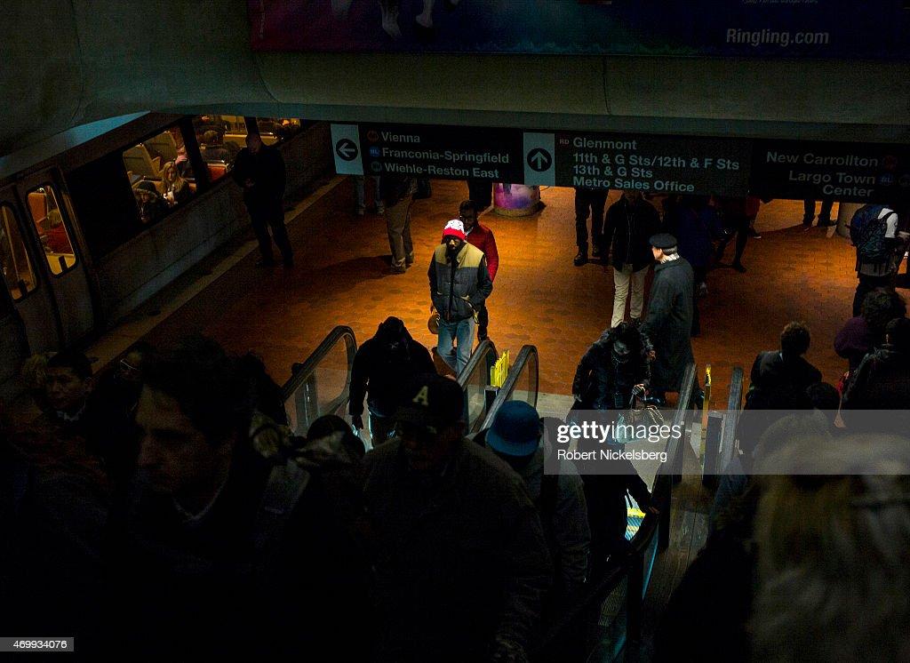 Washington, DC Commuters : News Photo