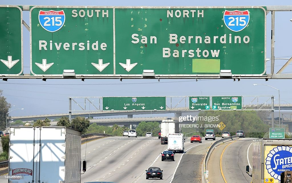 Commuters on interstate 10 west make the pictures getty images commuters on interstate 10 west make their way toward san bernardino on interstate 215 north on sciox Choice Image