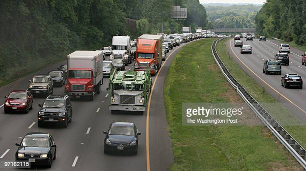 6/30/2006 BETHESDA MD Commuters slow to a crawl as traffic flow backs up along 495 East as seen from the Fernwood Street overpass in Maryland on...