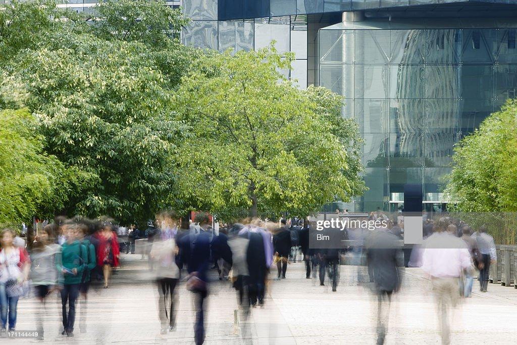 80.000 andar no Distrito financeiro, Movimento Desfocado : Foto de stock