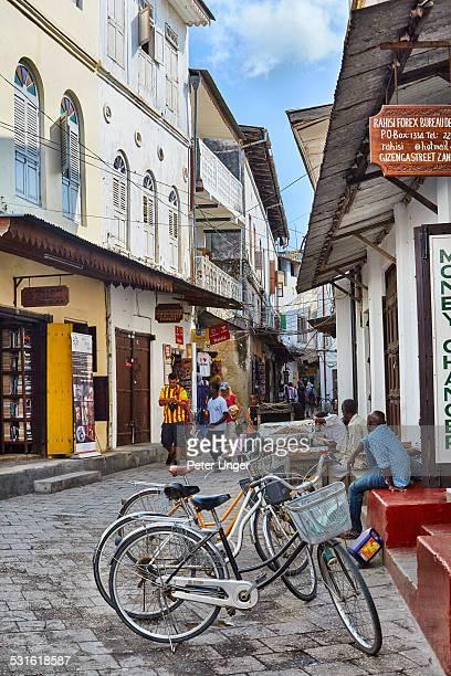 Commuting through the thin streets of Zanzibar