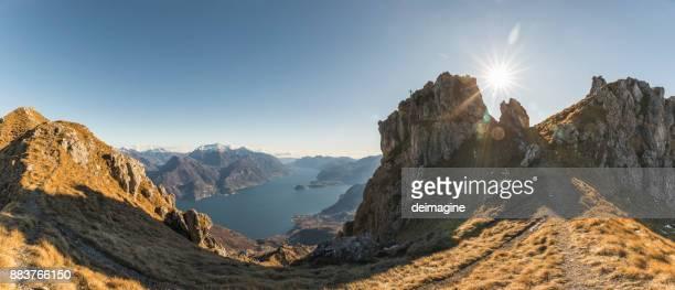 Como sjön panorama från toppen av berget