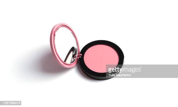 compact blush on white background. - メイクアップブラシ ストックフォトと画像
