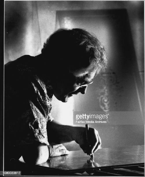 Company that acid etches glass as well as sand blasted glass Wally Cooper preparing glass to be sand blasted December 22 1989