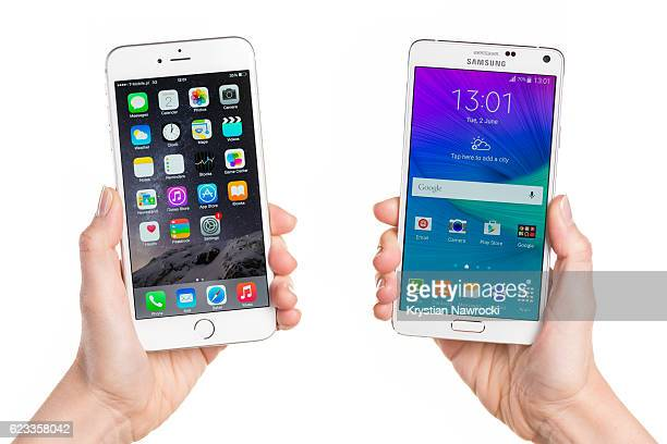comparing iphone 6 plus and samsung galaxy note 4 - phone icon stock pictures, royalty-free photos & images