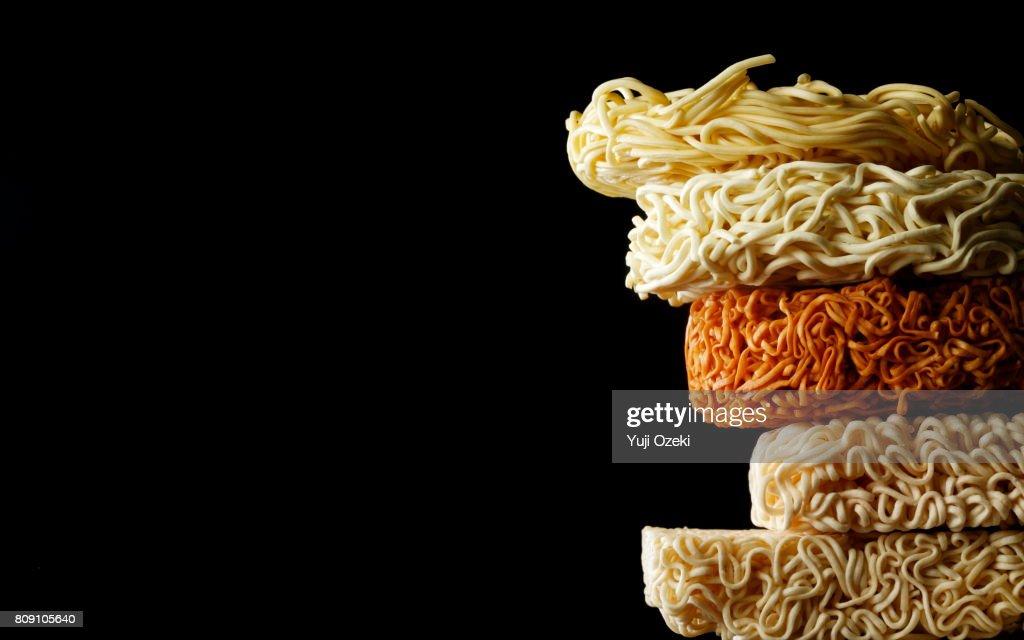 Comparison of instant noodles : Stock Photo