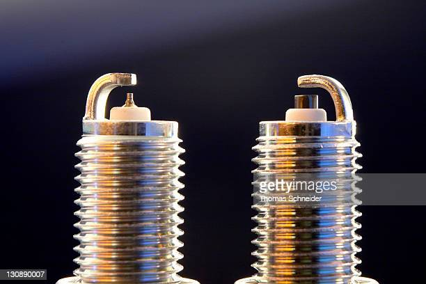 Comparison of iridium spark plug and standard spark plug