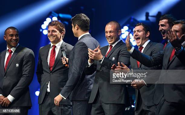 Compere Vernon Kay chats with England players Jonathan Joseph Henry Slade Mike Brown Alex Goode and Jonny May during the Wear The Rose Live official...