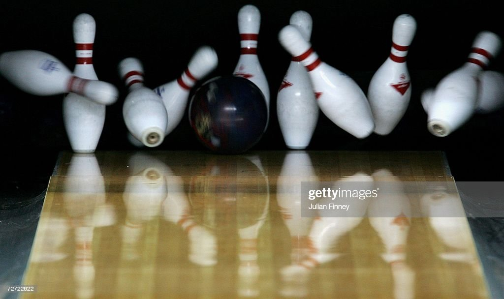 15th Asian Games Doha 2006 - Bowling : Nachrichtenfoto