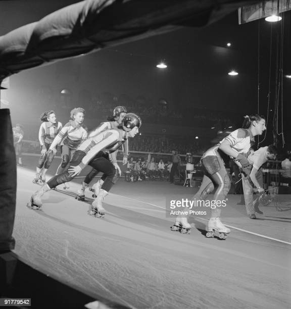 Competitors in a roller derby USA 1950