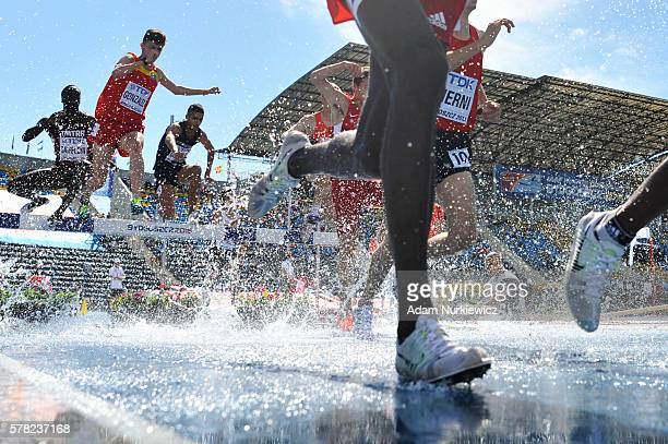 Competitors in action during men's 3000 metres steeplechase during the IAAF World U20 Championships at the Zawisza Stadium on July 21 2016 in...