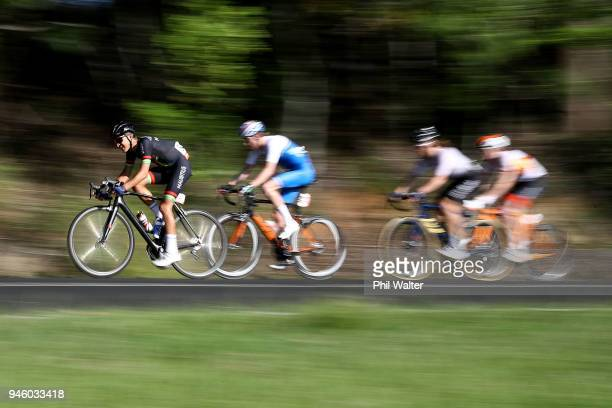 Competitors race during the Men's Road Race on day 10 of the Gold Coast 2018 Commonwealth Games at Currumbin Beachfront on April 14 2018 in Gold...