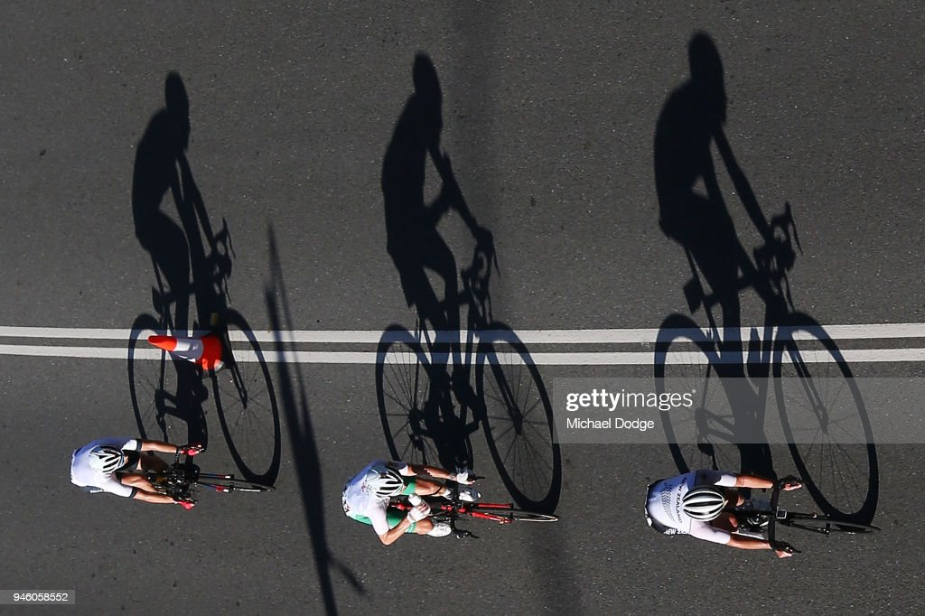 Competitors race during the Road Race on day 10 of the Gold Coast 2018 Commonwealth Games at Currumbin Beachfront on April 14, 2018 in Gold Coast, Australia.