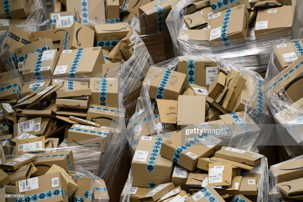 Amazon Prepares For Black Friday Sale : News Photo