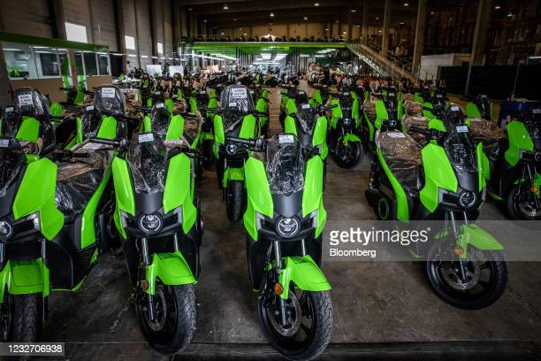 Completed S01 electric motorcycles ready for shipping at the Silence Urban Ecomobility plant in the Sant Boi de Llobregat district of Barcelona,...