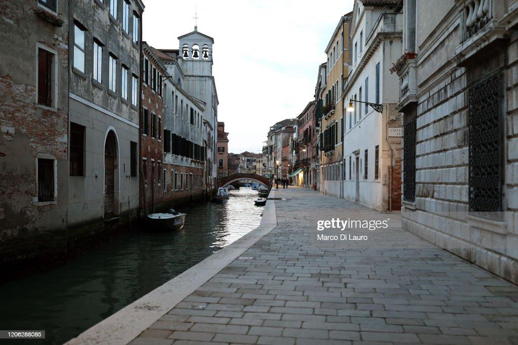 Venice Hauntingly Quiet Amid COVID-19 Quarantine : Nieuwsfoto's
