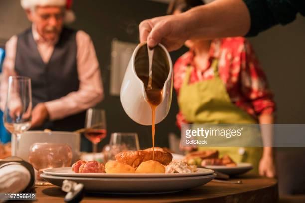グレイビーで食事を終える - グレービー ストックフォトと画像